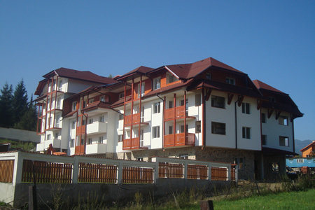 Forest View Apartment complex, Govedarci